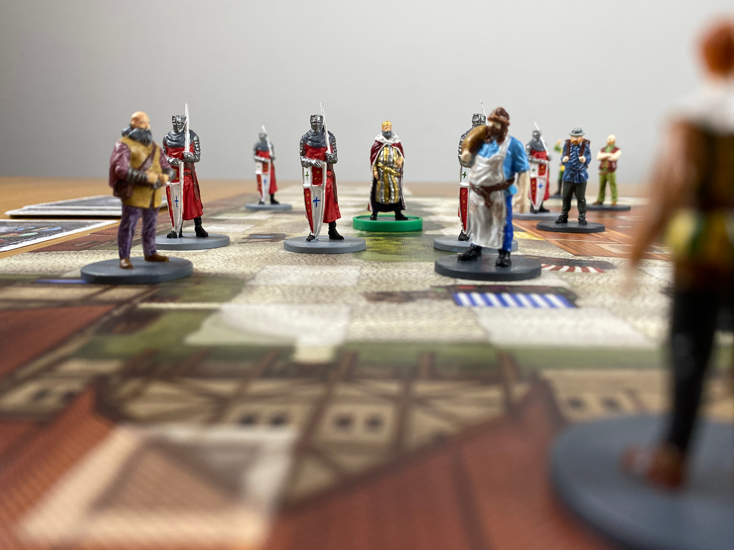 King-and-Assassins-Board-Game-02