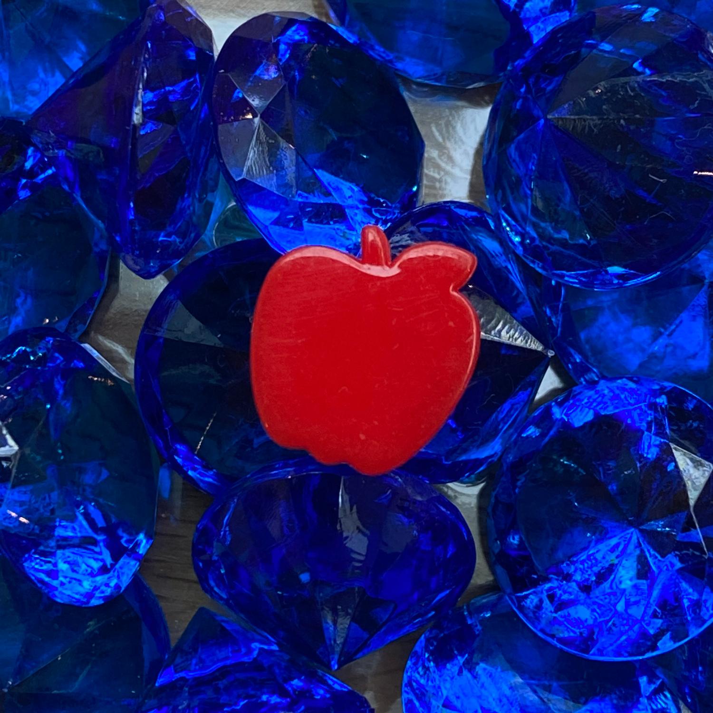 My-Little-Scythe-Apple-and-Gems